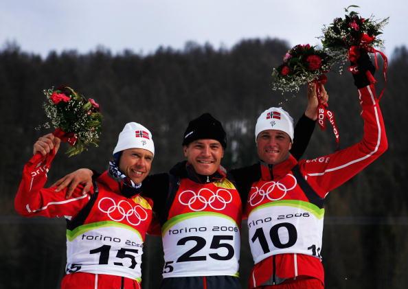 图文-冬季两项男子10公里竞速赛友谊地久天长