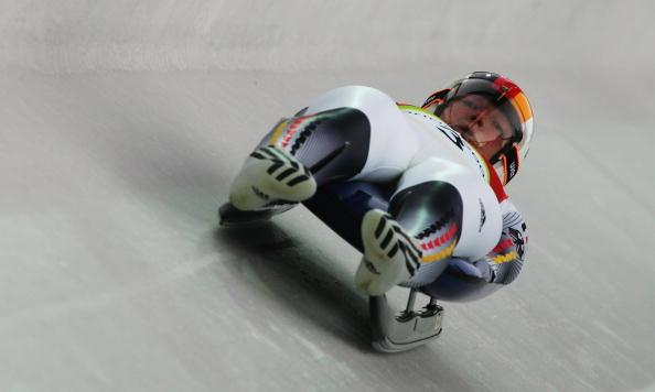 图文-女子单人无舵雪橇德国包揽前三胡夫纳获得铜牌