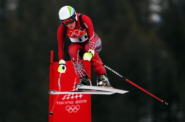 图文-冬奥高山滑雪女子速降赛梅斯内德飞越极限