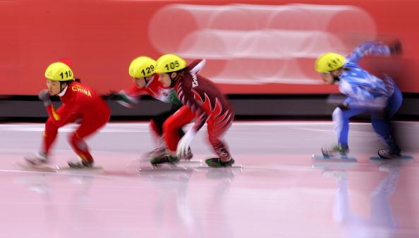 图文-短道速滑女子500米付天余比赛中不为所动