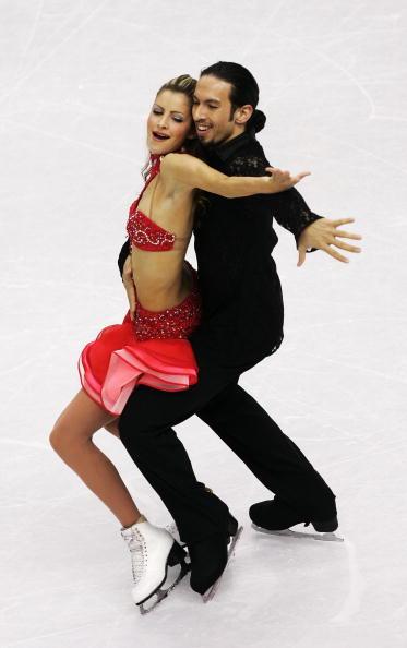 图文-花滑冰舞创编舞多姿多彩融入布鲁斯的节奏