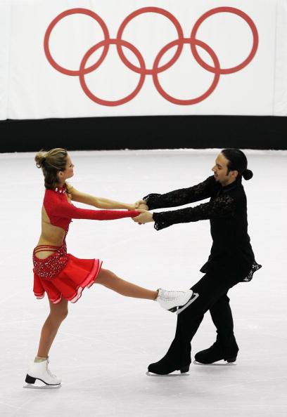 图文-花滑冰舞创编舞多姿多彩手拉手儿牵着走