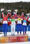 图文-冬季两项女子4x6公里接力赛俄罗斯队站的最高