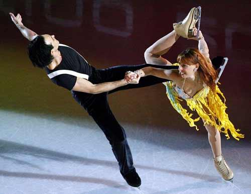图文-冰舞表演赛激情四溢意大利组合大胆热辣