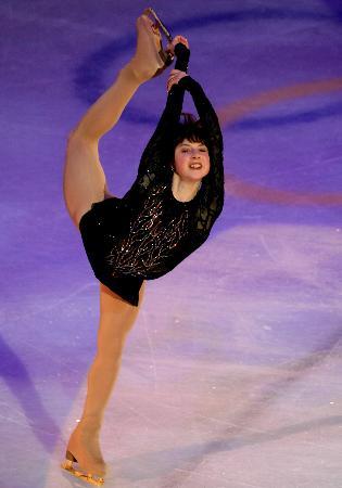 图文-女子单人滑表演亦真亦幻小卡娅走出阴霾