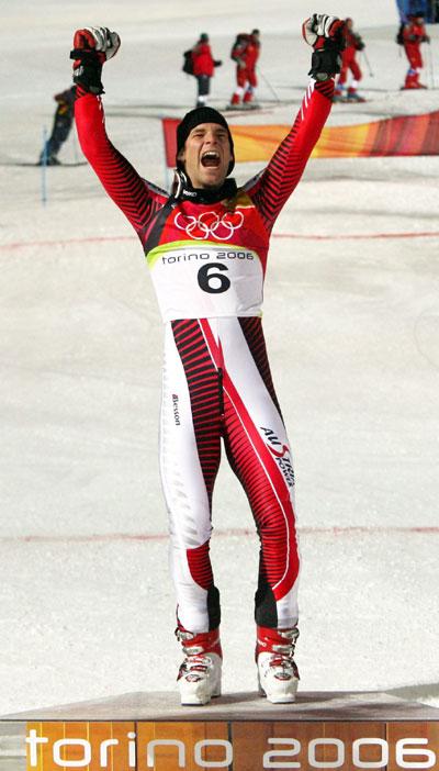 冬奥高山滑雪男子回转赛莱希登上领奖台