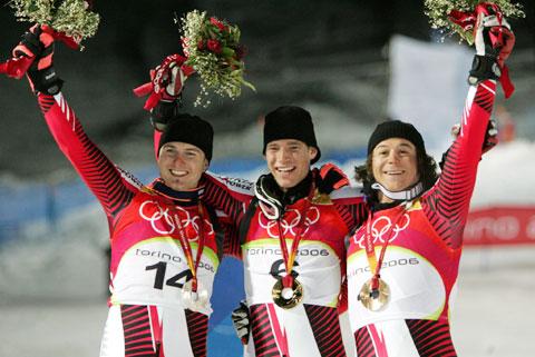图文-冬奥颁奖图大全高山滑雪男子回转赛莱希夺冠