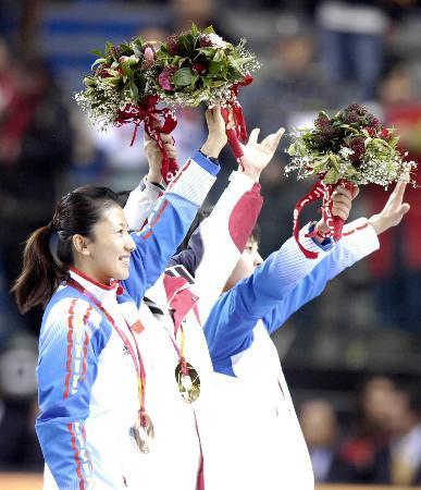 图文-短道速滑女子1000米决赛杨扬笑容灿烂