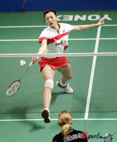 图文-羽毛球大师赛张宁轻松淘汰对手晋级女单次轮