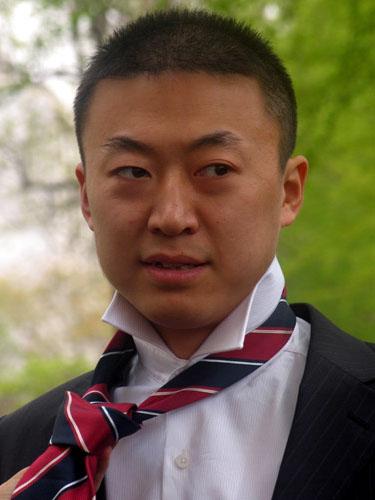 图文-中国乒乓球队出征不莱梅为什么非要带领带