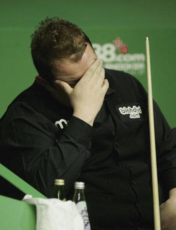 图文-斯诺克世锦赛第六日胖子李难掩失望之情