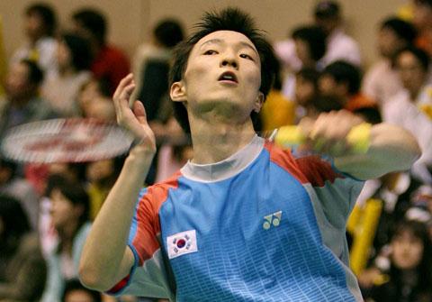 图文-汤姆斯杯韩国激战印尼李炫一击败陶菲克