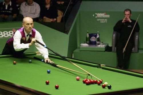 图文-斯诺克世界锦标赛决赛这个球难度不小