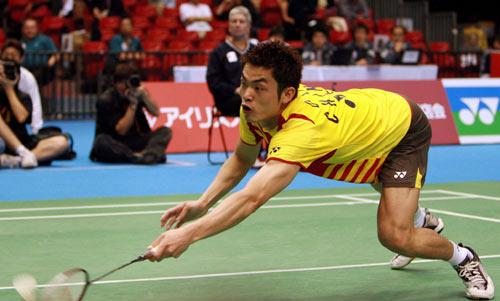 图文-汤姆斯杯决赛中国VS丹麦林丹鱼跃救球