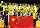 图文-中国男队六夺汤姆斯杯国旗鲜艳金杯生辉