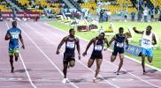 图文-加特林打破百米世界纪录新纪录诞生的一刻