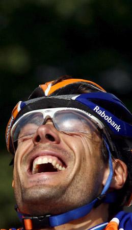 图文-环法第五赛段弗雷尔夺冠弗雷尔开怀大笑
