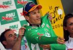 图文-环法第六赛段麦克伊文夺冠再次穿绿色领骑衫
