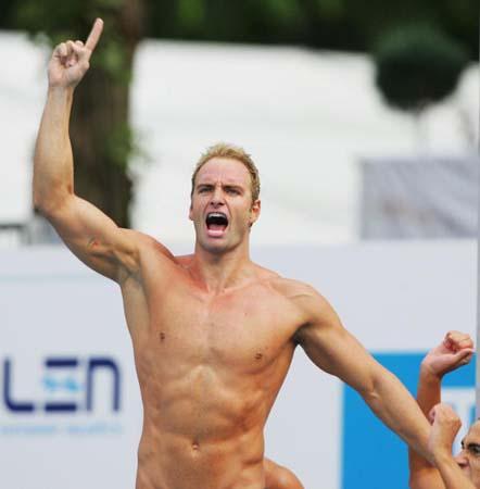 图文-5日欧洲游泳锦标赛战况罗索里诺剑指长空