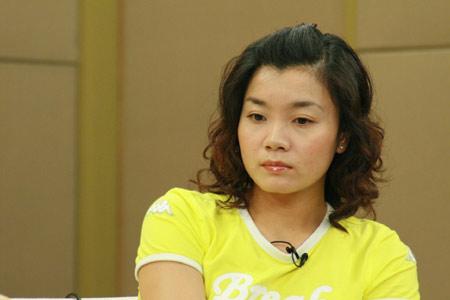 图文-莫慧兰王海滨王健做客谈奥运莫慧兰若有所思
