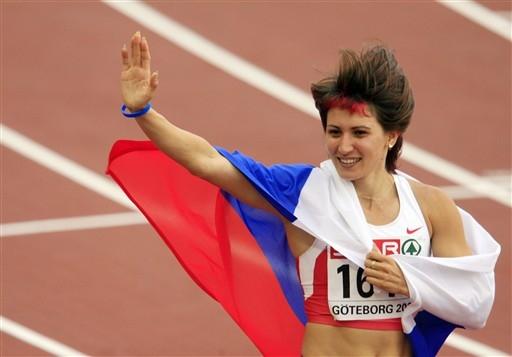 欧洲田径锦标赛第三日莱贝德娃答谢观众