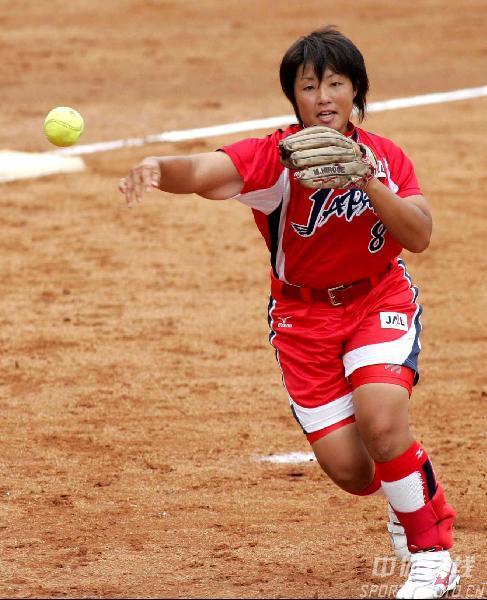 图文-女垒世锦赛日本7比1委内瑞拉广濑芽欲封对手