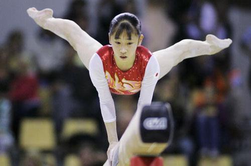 图文-体操世锦赛第三日资格赛平衡木上小飞蛾