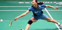 图文-中国羽球赛女单16进8赛张宁上前跨步救球