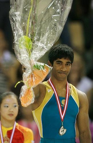 图文-体操世锦赛单项决赛首日鞍马银牌获得者