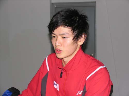 图文-羽球世界杯鲍春来输球杀手脸上写满颓唐