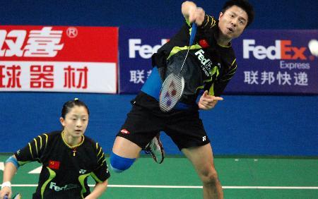 图文-羽毛球世界杯赛次日谢中博/张亚雯胜大马组合