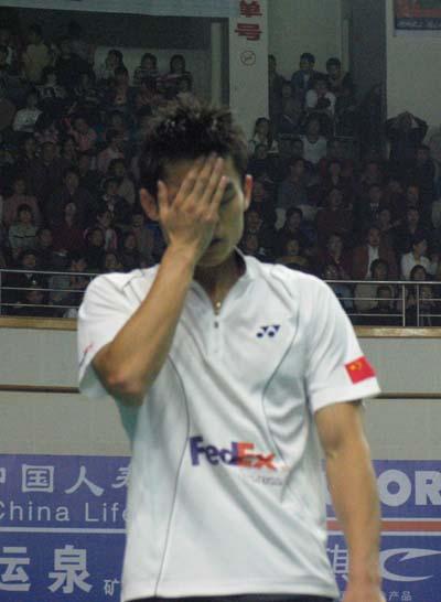 图文-世界杯林丹完胜关明鸿晋级郁闷低级失误