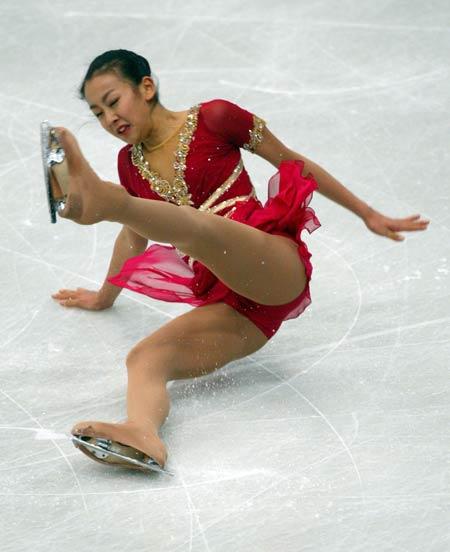 图为世界花样滑冰大奖赛总决赛中女子单人比赛的精彩