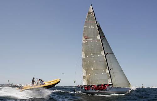 图文-悉尼至霍巴特帆船赛开赛 扬帆起航乘风破浪
