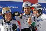 图文-单板滑雪世锦赛平行回转赛男子三甲骄傲展示