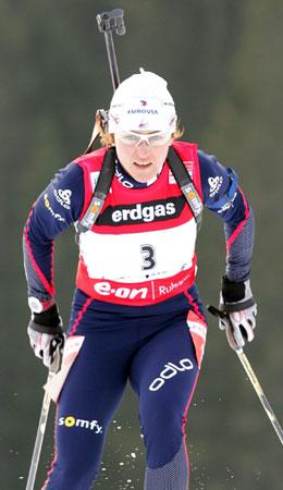 图文-冬季两项世界杯女7.5KM追逐法国女孩不甘示弱