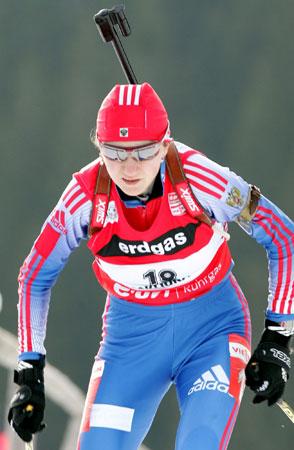 图文-冬季两项世界杯女7.5KM追逐默谢娃闷头向前