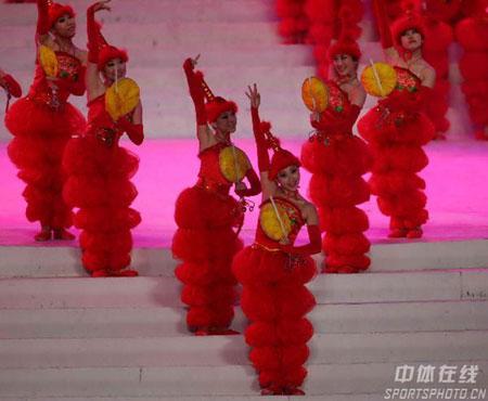 图文-亚冬会开幕式梦幻文艺表演冬日激情让人沸腾