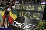 图文-T-迪巴巴破室内5000米世界纪录这是我创造的