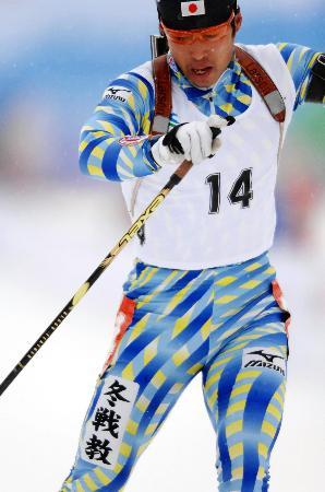 图文-冬季两项男子10公里日本摘金冠军井佐英德
