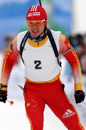 图文-冬季两项男子10公里张成烨摘银努力追赶对手