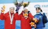 图文-冬季两项女子15公里刘显英摘金领奖台上三甲