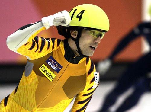 图文-短道速滑世锦赛第二日哈梅林挥拳庆夺冠