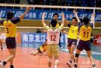 图文-男排联赛江苏1-3不敌辽宁辽宁队员欢庆胜利