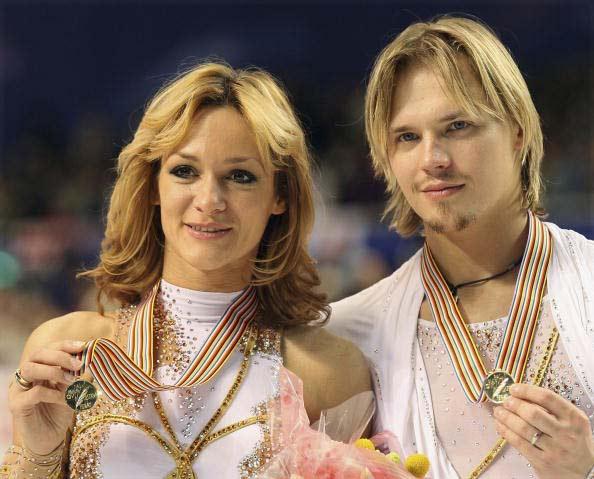 图文-世锦赛冰舞自由舞战况完美组合卫冕成功