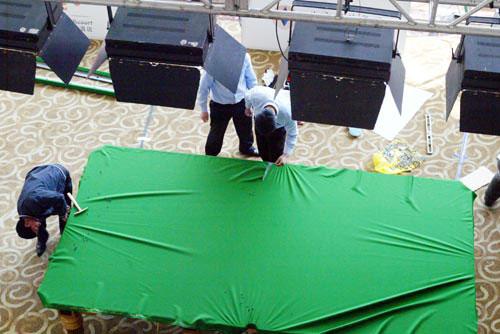 图文-星牌搭台斯诺克表演赛球台基本搭建完毕