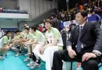 图文-上海男排胜辽宁夺得四连冠辽宁队员失落的表情