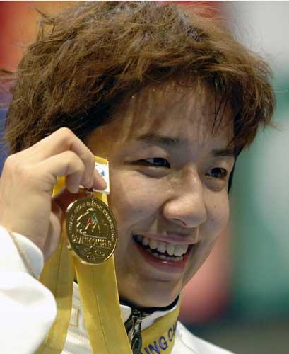 图文-自由式摔跤亚洲锦标赛11日赛况浜口京子封后