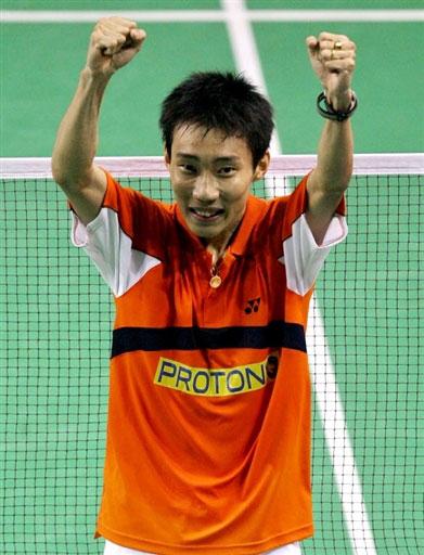 图文-印尼羽毛球赛13日男单赛况李宗伟如此兴奋