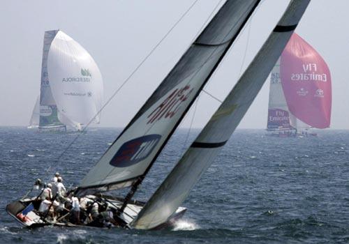 帆船-美洲杯帆船赛半决赛第4日赛况遥看两队酒店资料的图文